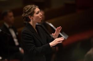 Rachel Carlson conducting